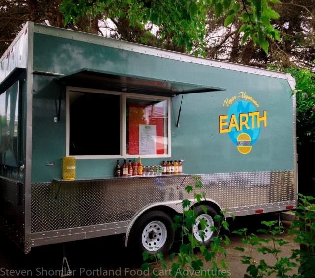 Earth Burgers Food Cart-4