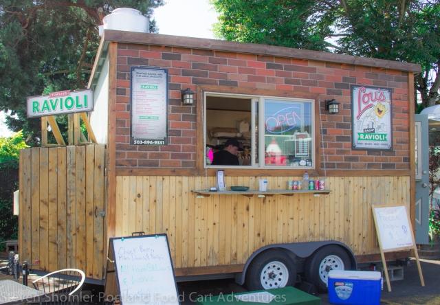 Lou's Toasted Ravioli Food Cart-23