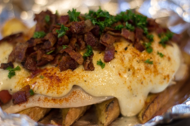 Louisville Hot Brown Special - City Slickers Food Cart